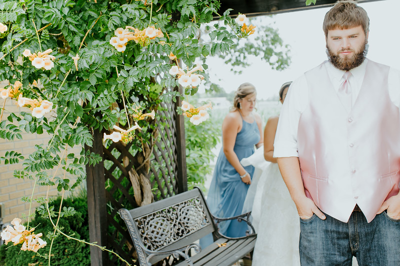 00721--©ADHPhotography2017--DerekHelmsAllisonRodriguez--Wedding