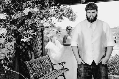 00718--©ADHPhotography2017--DerekHelmsAllisonRodriguez--Wedding