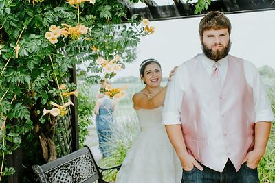 00723--©ADHPhotography2017--DerekHelmsAllisonRodriguez--Wedding