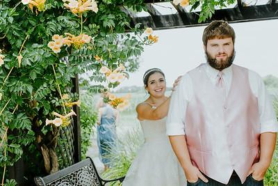 00725--©ADHPhotography2017--DerekHelmsAllisonRodriguez--Wedding