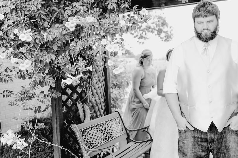 00722--©ADHPhotography2017--DerekHelmsAllisonRodriguez--Wedding