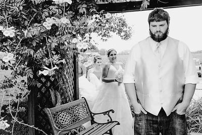 00716--©ADHPhotography2017--DerekHelmsAllisonRodriguez--Wedding