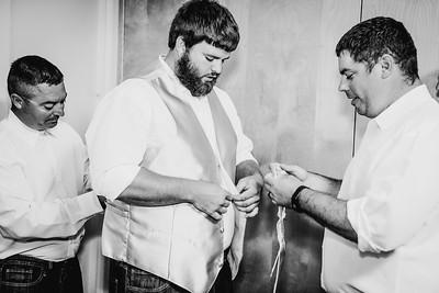 00638--©ADHPhotography2017--DerekHelmsAllisonRodriguez--Wedding