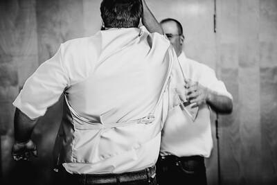 00616--©ADHPhotography2017--DerekHelmsAllisonRodriguez--Wedding