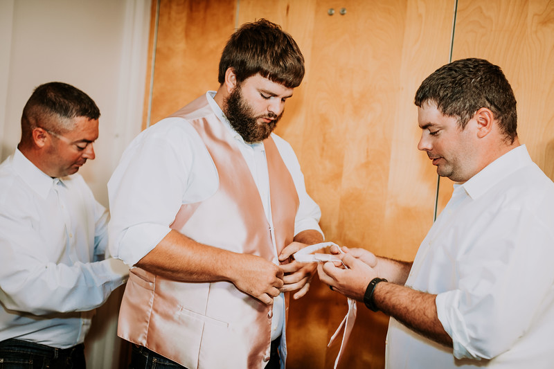 00633--©ADHPhotography2017--DerekHelmsAllisonRodriguez--Wedding
