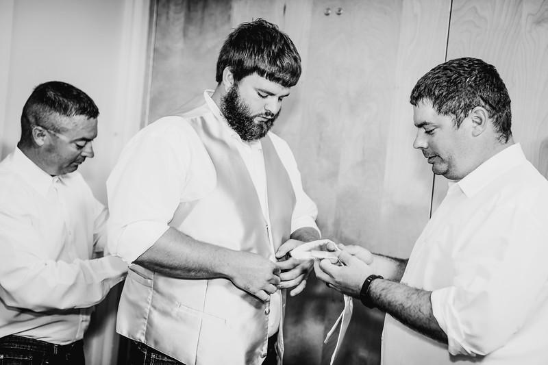 00634--©ADHPhotography2017--DerekHelmsAllisonRodriguez--Wedding