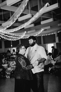 06034--©ADHPhotography2017--DerekHelmsAllisonRodriguez--Wedding