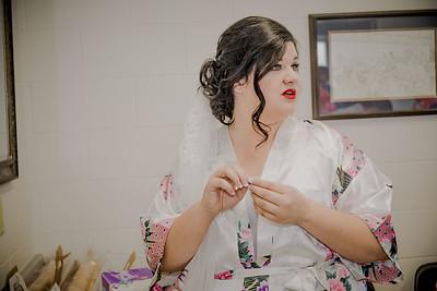 00871--©ADHPhotography2017--CodyKristinaMessersmith--Wedding