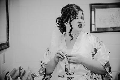 00866--©ADHPhotography2017--CodyKristinaMessersmith--Wedding