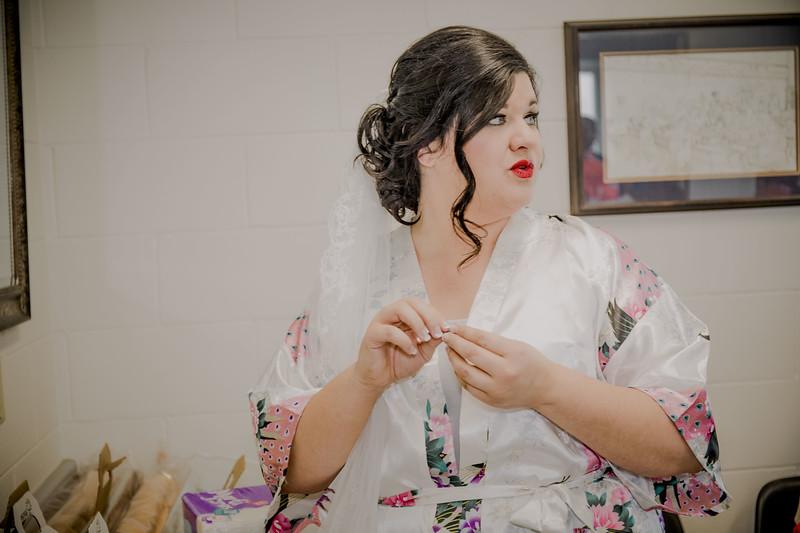 00869--©ADHPhotography2017--CodyKristinaMessersmith--Wedding