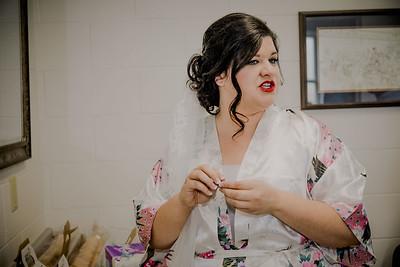 00865--©ADHPhotography2017--CodyKristinaMessersmith--Wedding