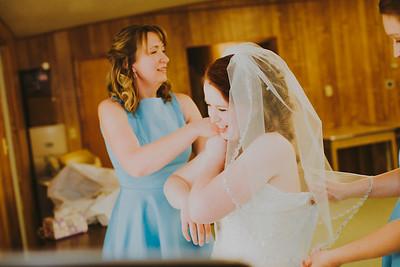 00901--©ADH Photography2017--ToddTeriShively--Wedding