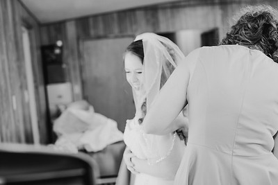 00888--©ADH Photography2017--ToddTeriShively--Wedding