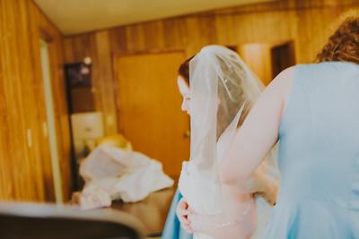 00893--©ADH Photography2017--ToddTeriShively--Wedding