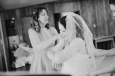 00902--©ADH Photography2017--ToddTeriShively--Wedding