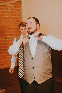 00161--©ADH Photography2017--ToddTeriShively--Wedding