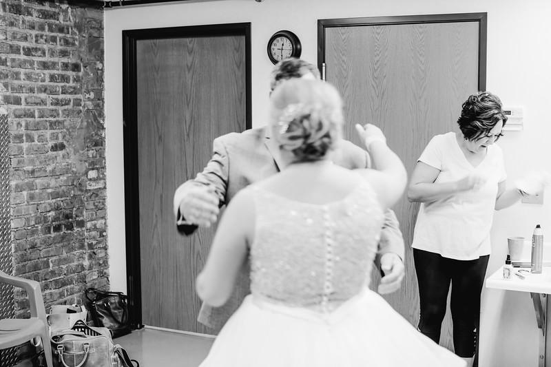 01402--©ADH Photography2017--SethCariStone--Wedding