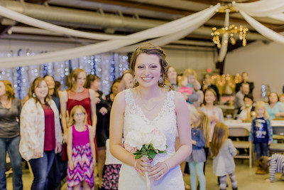 05011--©ADH Photography2017--MrAndMrsViox--Wedding