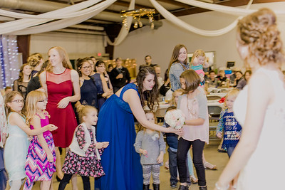 05033--©ADH Photography2017--MrAndMrsViox--Wedding