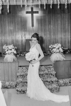 00754--©ADH Photography2017--MrAndMrsViox--Wedding