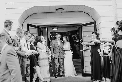 02756--©ADH Photography2017--MrAndMrsViox--Wedding