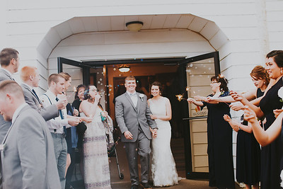 02761--©ADH Photography2017--MrAndMrsViox--Wedding