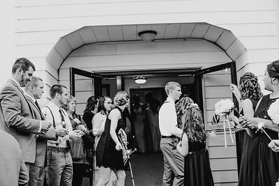 02748--©ADH Photography2017--MrAndMrsViox--Wedding