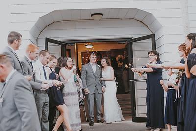02757--©ADH Photography2017--MrAndMrsViox--Wedding