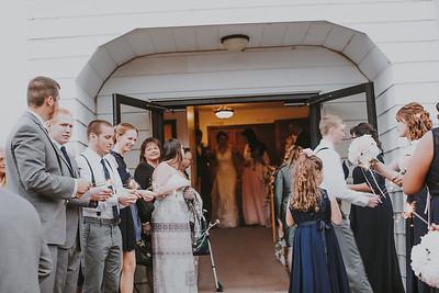 02749--©ADH Photography2017--MrAndMrsViox--Wedding