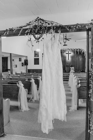 00046--©ADH Photography2017--MrAndMrsViox--Wedding