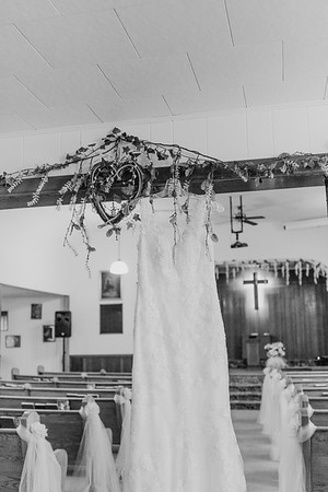 00048--©ADH Photography2017--MrAndMrsViox--Wedding