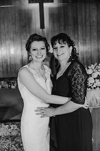 01872--©ADH Photography2017--MrAndMrsViox--Wedding