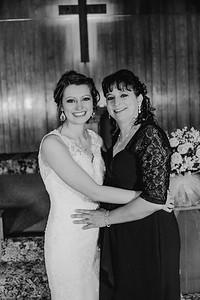 01868--©ADH Photography2017--MrAndMrsViox--Wedding