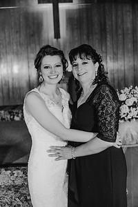 01870--©ADH Photography2017--MrAndMrsViox--Wedding