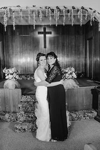 01882--©ADH Photography2017--MrAndMrsViox--Wedding