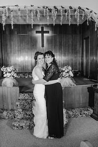 01880--©ADH Photography2017--MrAndMrsViox--Wedding