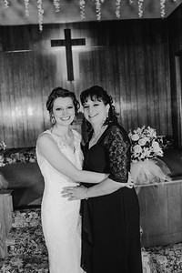 01878--©ADH Photography2017--MrAndMrsViox--Wedding