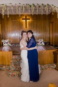 01881--©ADH Photography2017--MrAndMrsViox--Wedding