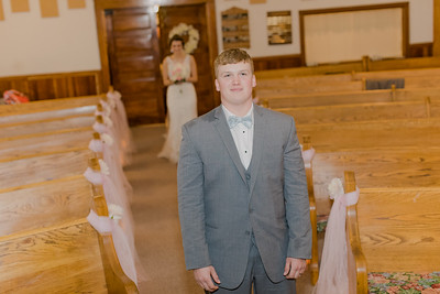 00481--©ADH Photography2017--MrAndMrsViox--Wedding