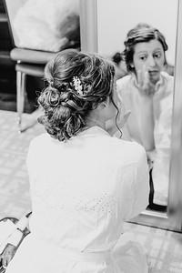 00158--©ADH Photography2017--MrAndMrsViox--Wedding