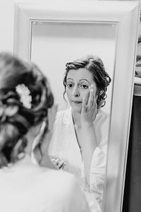 00154--©ADH Photography2017--MrAndMrsViox--Wedding