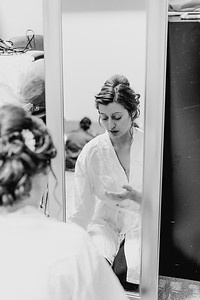 00162--©ADH Photography2017--MrAndMrsViox--Wedding