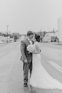 03128--©ADH Photography2017--MrAndMrsViox--Wedding
