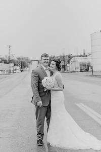 03124--©ADH Photography2017--MrAndMrsViox--Wedding