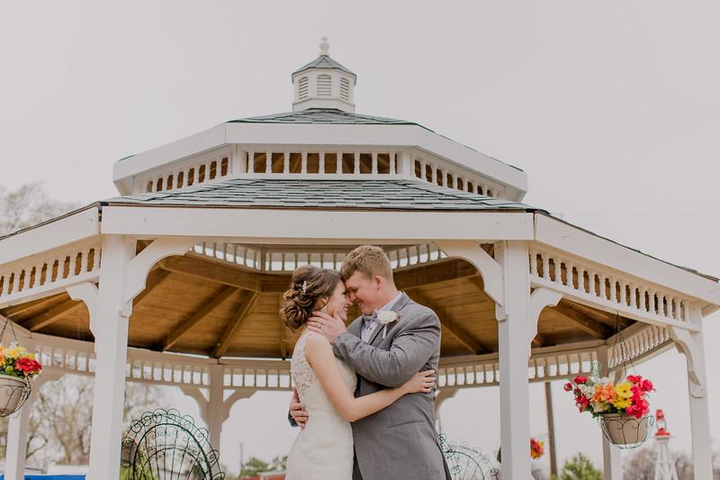 03239--©ADH Photography2017--MrAndMrsViox--Wedding