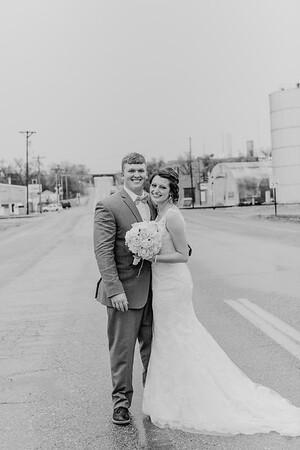 03122--©ADH Photography2017--MrAndMrsViox--Wedding