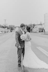 03130--©ADH Photography2017--MrAndMrsViox--Wedding