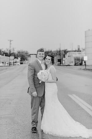 03114--©ADH Photography2017--MrAndMrsViox--Wedding