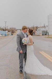 03129--©ADH Photography2017--MrAndMrsViox--Wedding