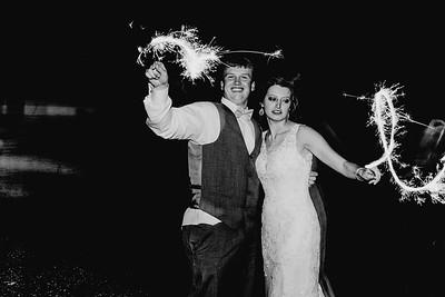 05546--©ADH Photography2017--MrAndMrsViox--Wedding